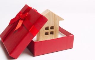 move house for christmas